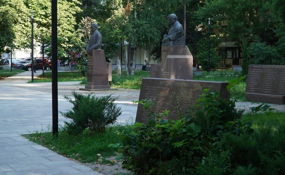 Общественные территории Симферополя за последние несколько лет стали ухоженнее. Фото: «Крым 24»