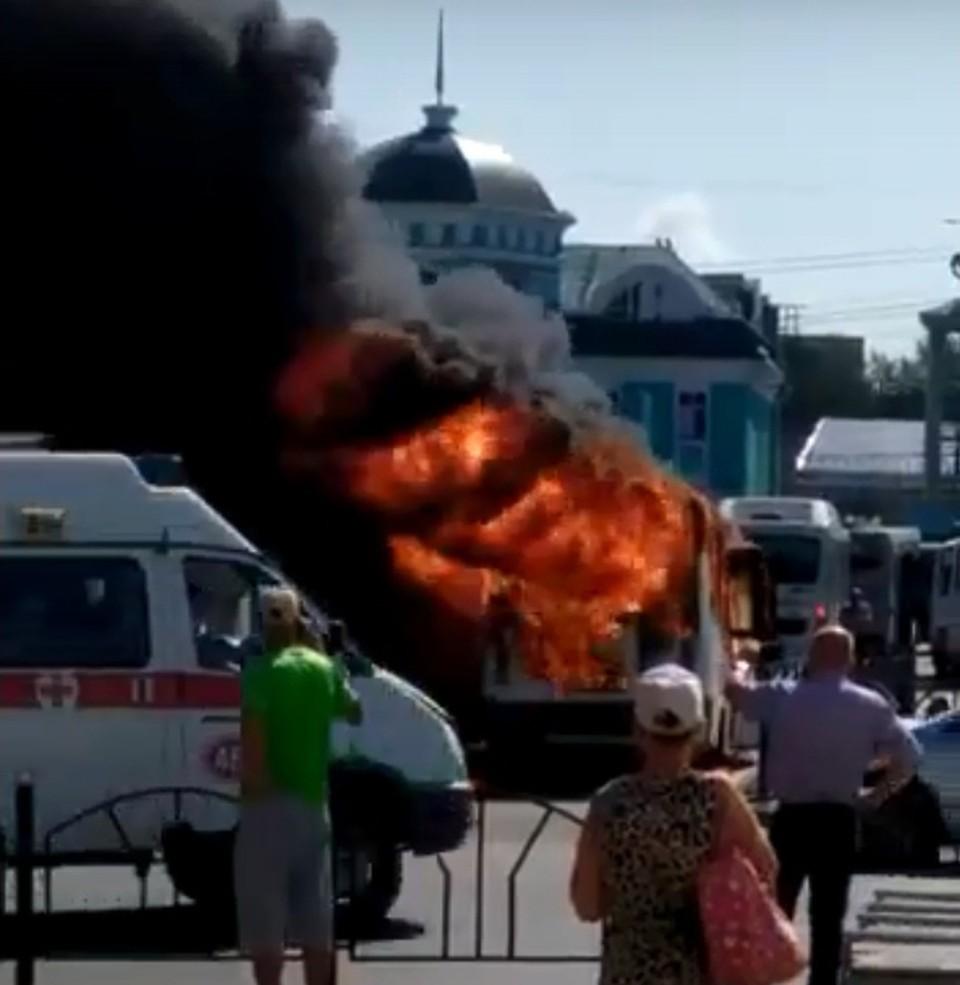 ЧП случилось в районе ж/д-вокзала. Фото: «Инцидент Омск»