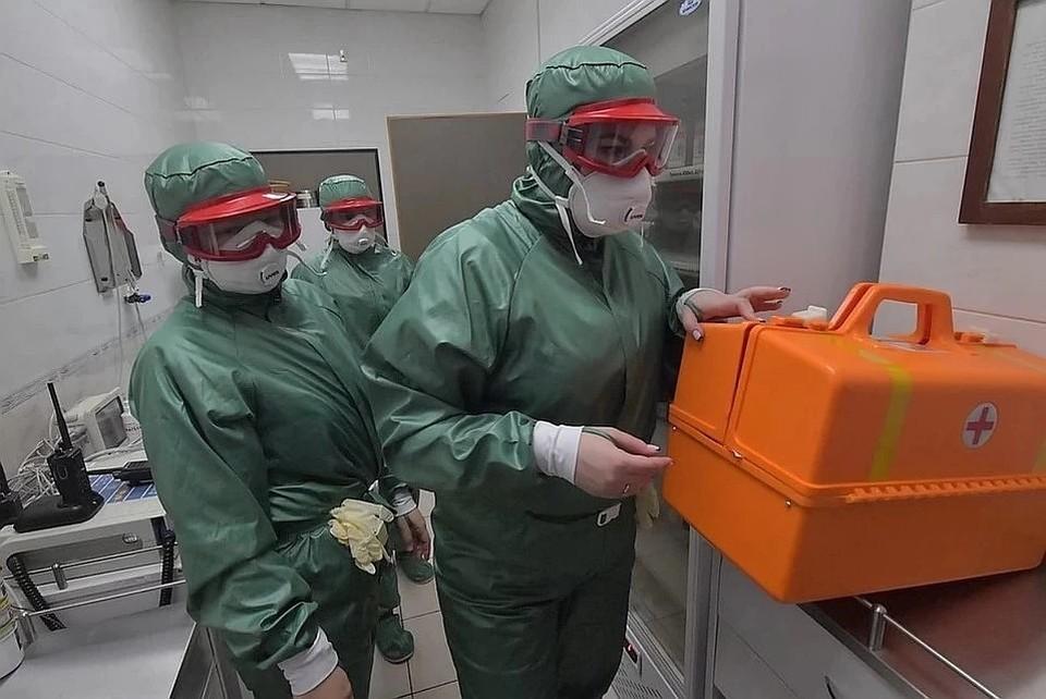 Количество инфицированных стабильно выше 400 в день