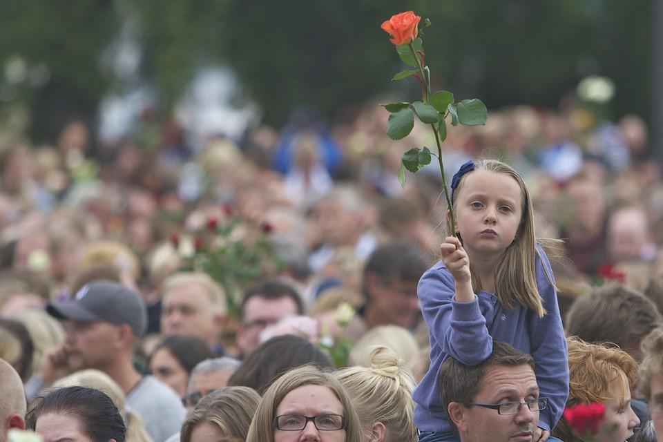 Июль 2011 года, Осло. Траурные мероприятия в память о 76 жертвах массового расстрела.