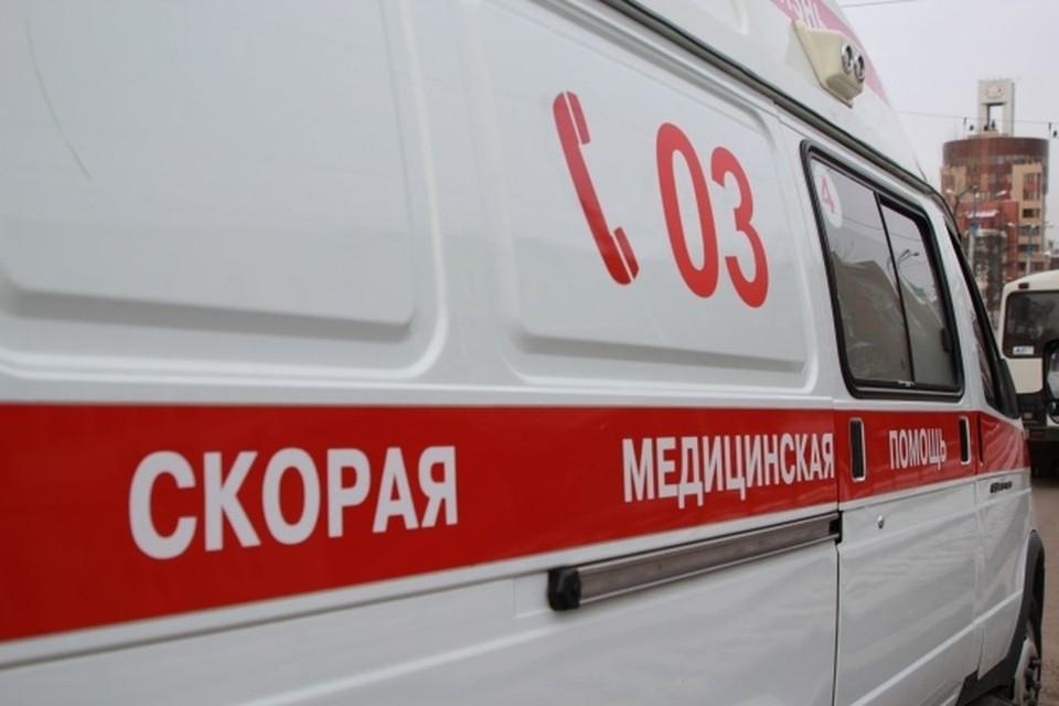 Под Новосибирском 17-летняя девушка сломала позвоночник, прыгнув с парашютом.
