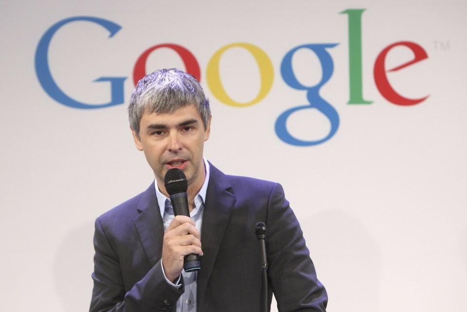 Основатель Google Ларри Пейдж официально отошел от руководства компании, но остается в совете ее директоров