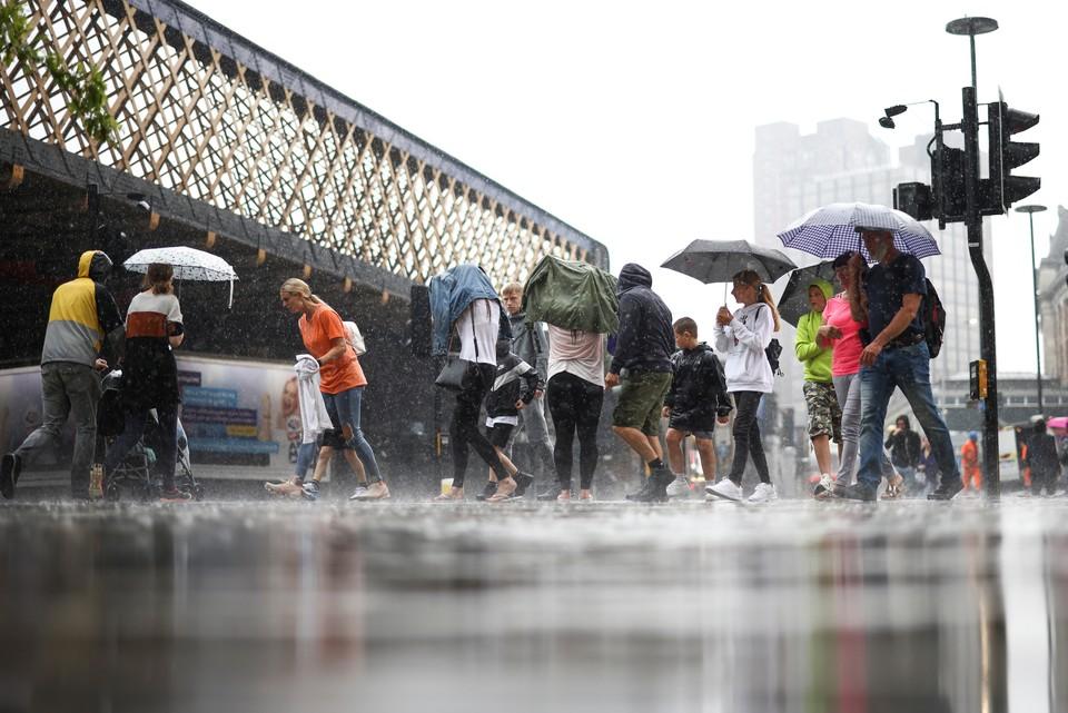 Ливневые дожди обрушились на Лондон