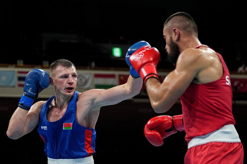 Боксер Владислав Смягликов удачно стартовал на олимпийском турнире. Фото: НОК Беларуси