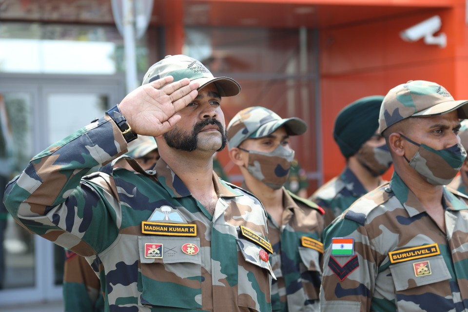 В Россию прилетели индийские военнослужащие