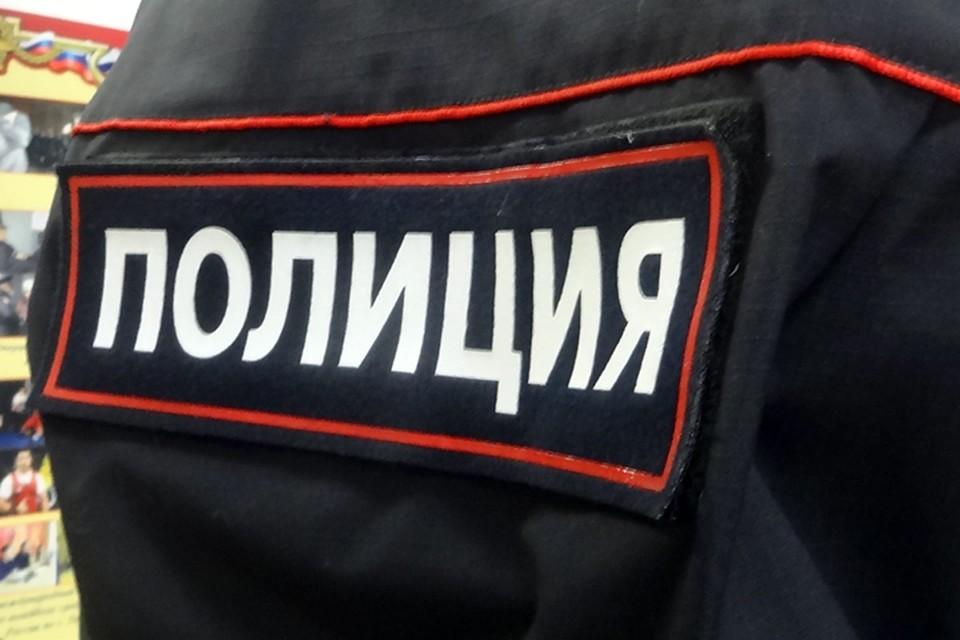 В Новом Уренгое задержали приезжего мужчина с подозрительным свертком