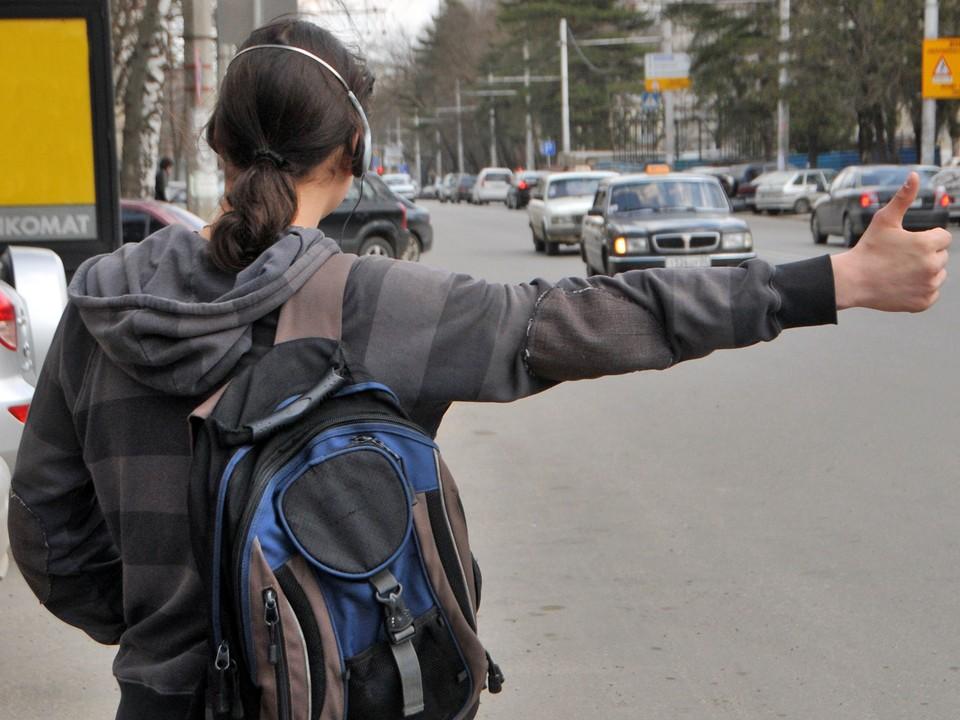 Парню угрожала опасность в Новосибирске - из теплых вещей у него был только свитер