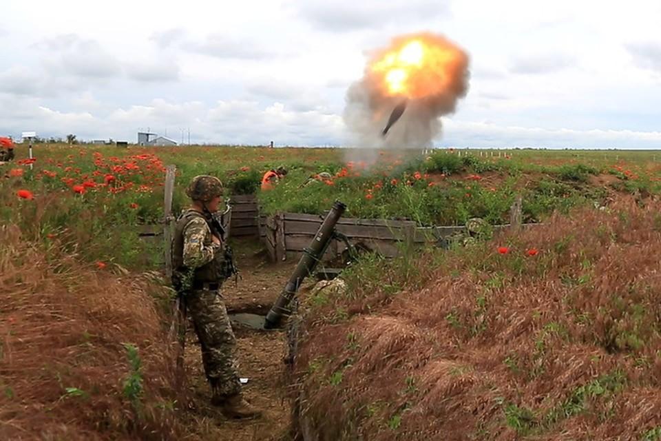 По Луганскому украинские военные стреляли из минометов. Фото: Пресс-центр штаба «ООС»