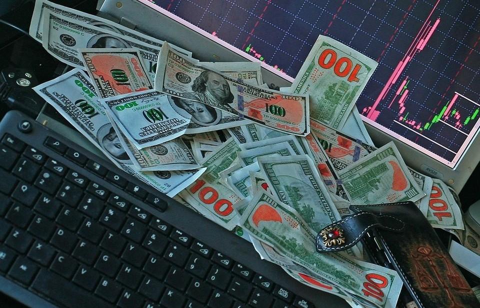 Доллар продолжает дорожать по отношению к тенге