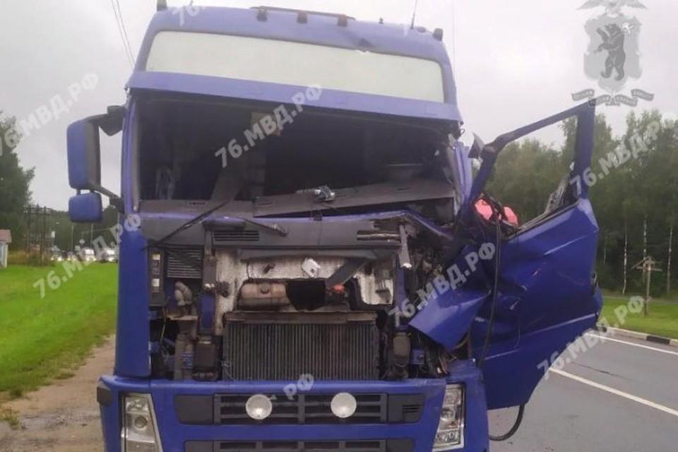 В Переславском районе столкнулись два грузовика