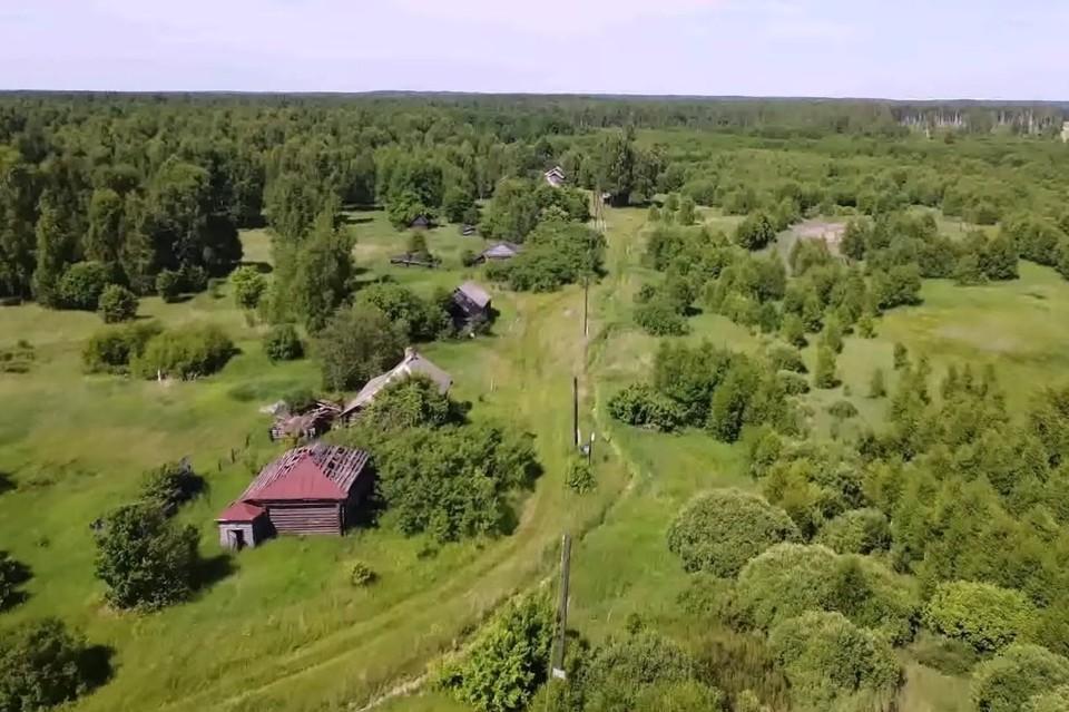 На YouTube появилось видео из заброшенной деревни в Рязанской области.