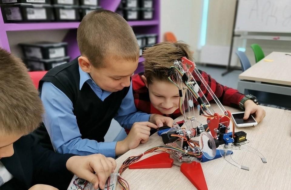 В Югре 240 тысяч детей занимаются дополнительным образованием Фото: Официальная страница ХМАО— Югры