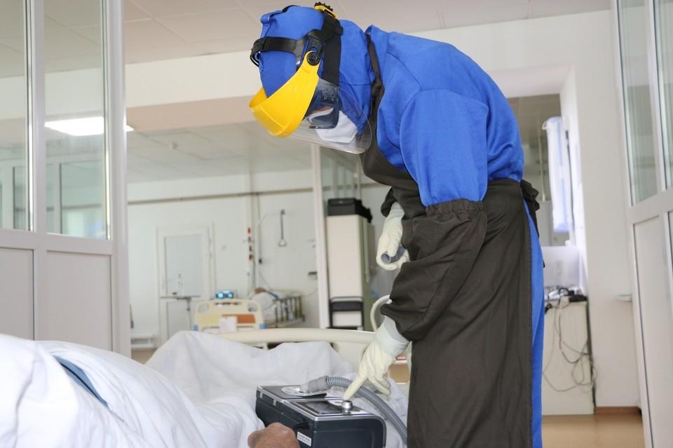 На Антипинском НПЗ до сих пор действует очаг коронавируса.