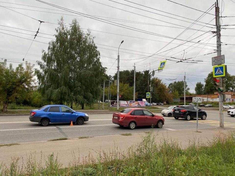 Ребенка сбили на улице Клубной в Ижевске. Фото: 1-й отдел УГИБДД по Удмуртии