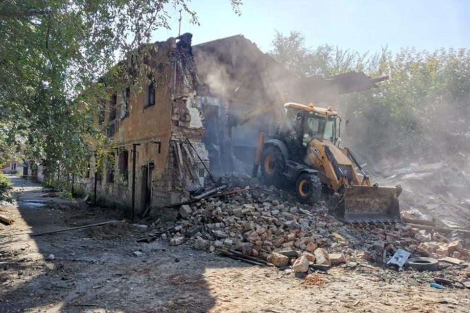 Здания снесли по адресам ул. Пушкина, 88, ул. Советской Армии, 52, ул. Восточная, 106.