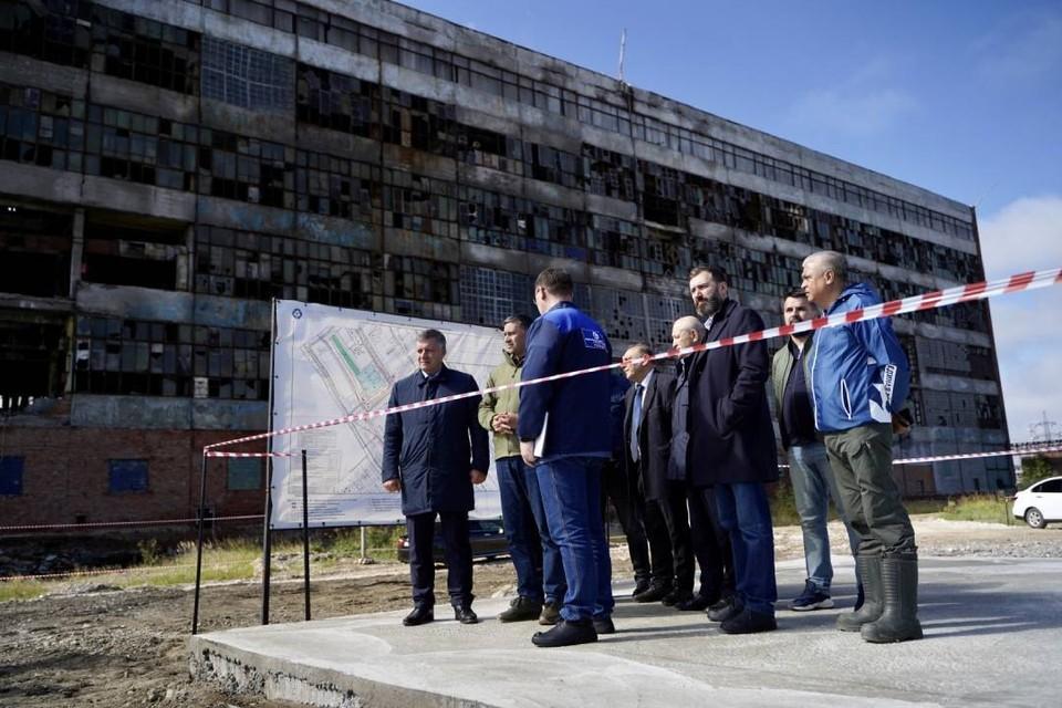 Все 12 аварийных скважин на площадке «Усольехимпрома» ликвидируют до конца октября. Фото: Пресс-служба правительства Иркутской области.