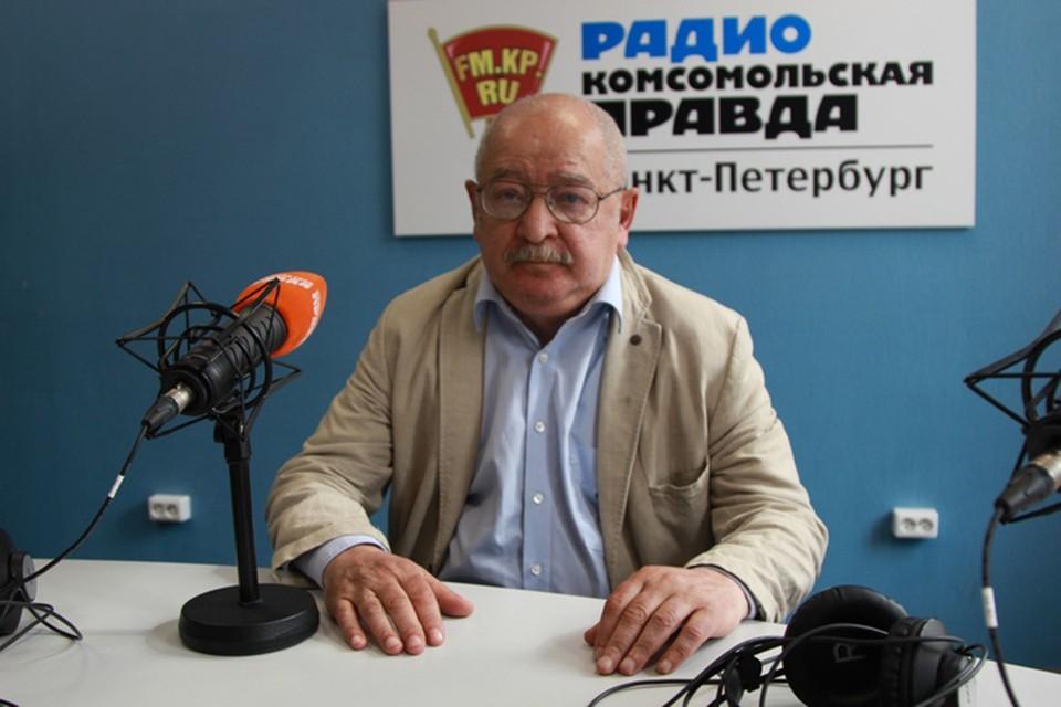 Лев Лурье в эфире Радио «Комсомольская правда в Петербурге» (92,0 FM).
