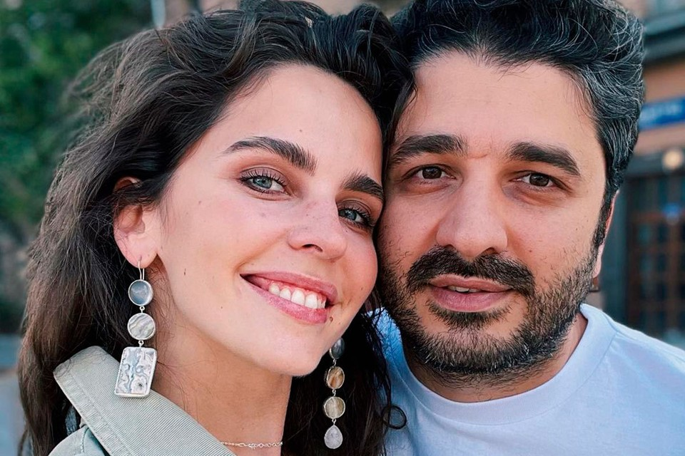 37-летний Андреасян дал развернутое интервью Агате Муцениеце, в котором признался, что намерен защищать репутацию в суде от тех, кто насмехается над ним.