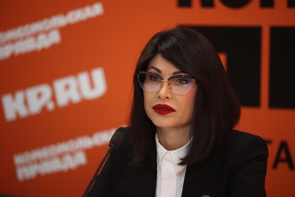 """Ирина Текслер на пресс-конференции в """"Комсомольской правде"""""""