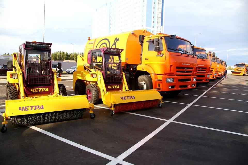 Еще 102 единицы дорожной техники, закупаемой для обновления муниципального парка, поступили в Нижний Новгород. Фото: Администрация Нижнего Новгорода.