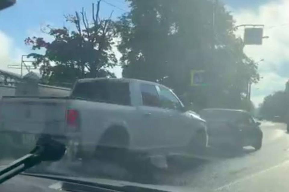 Жесткая пробка встала на Приморском шоссе в сторону Петербурга утром 10 сентября