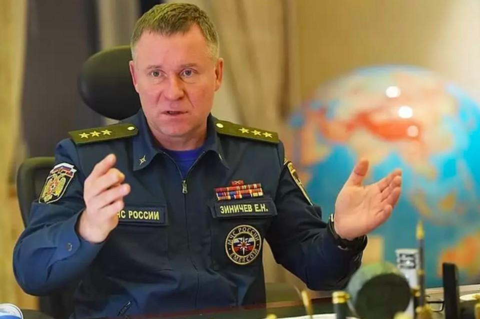 Все пожарно-спасательные части Петербурга почтят память главы МЧС Евгения Зиничева 10 сентября