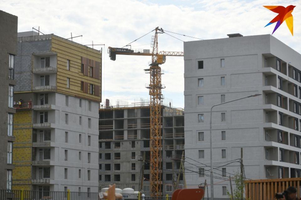 В 2020 и 2021 годах построили по одному дому.