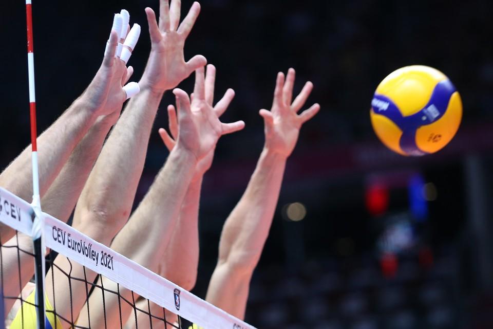 Украинским волейболистам посулили 10 миллионов гривен за победу над россиянами.