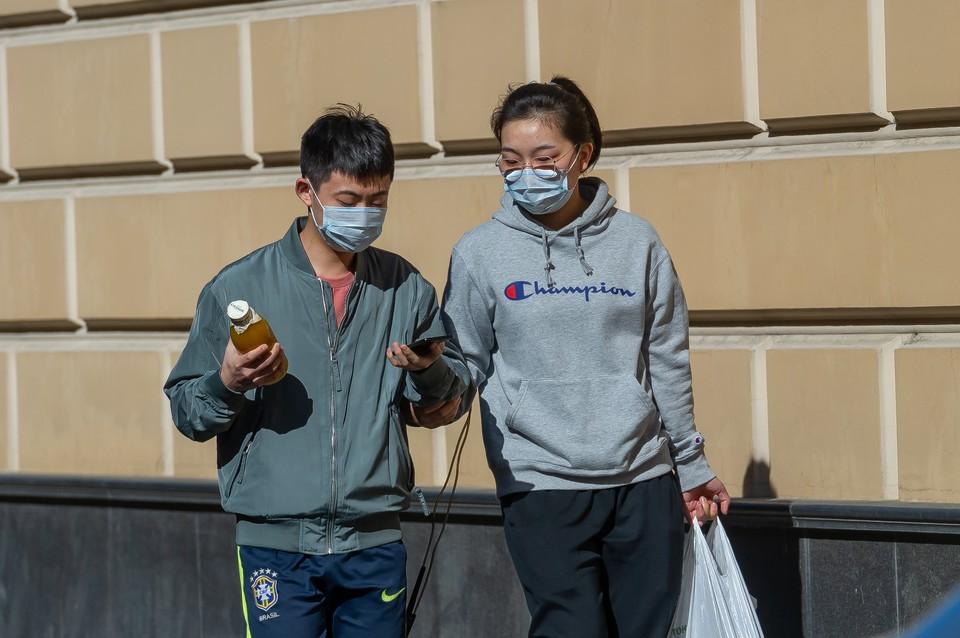 В Северной столице насчитали более 1620 новых случаев заражения коронавирусом.
