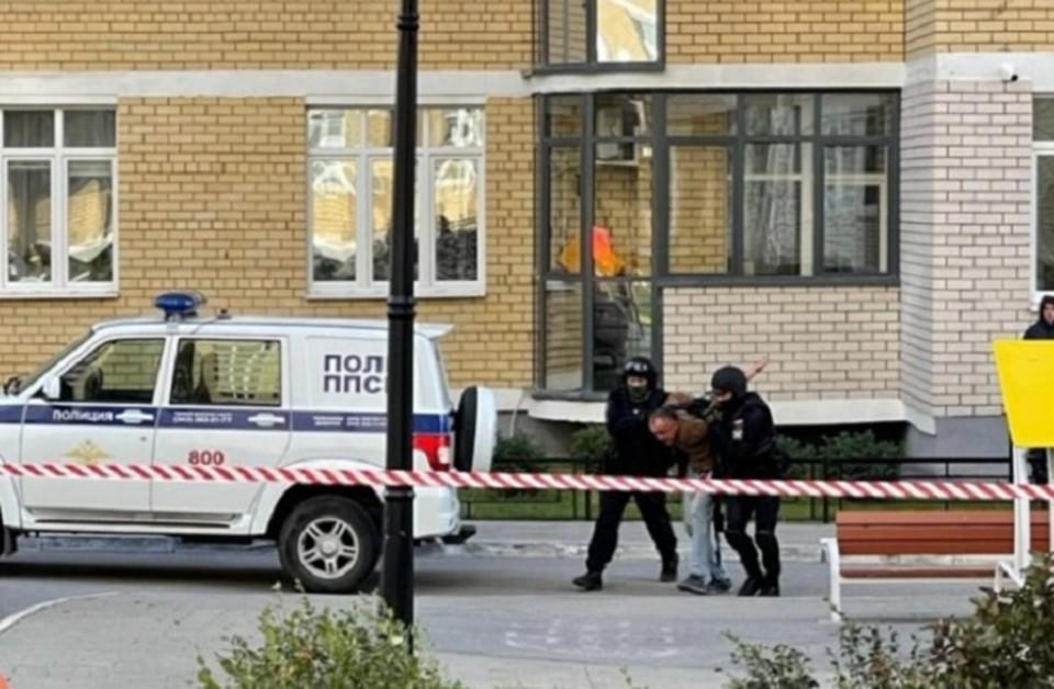 Мужчину удалось задержать. Фото: Е1.ru