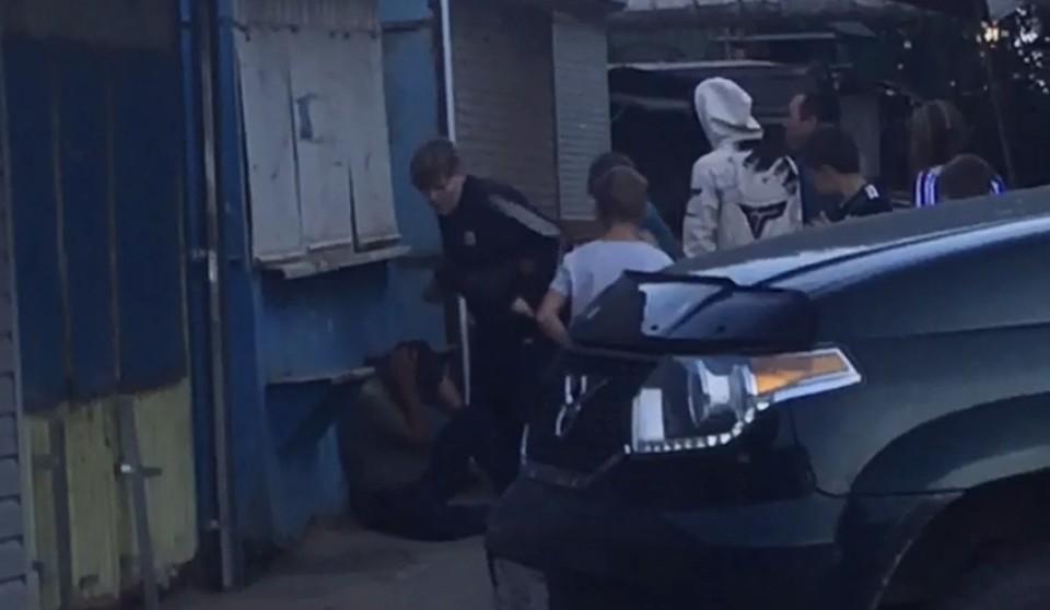 В Рославле подростки избили нетрезвого мужчину. Фото: паблик «Главное в Рославле» ВКонтакте.