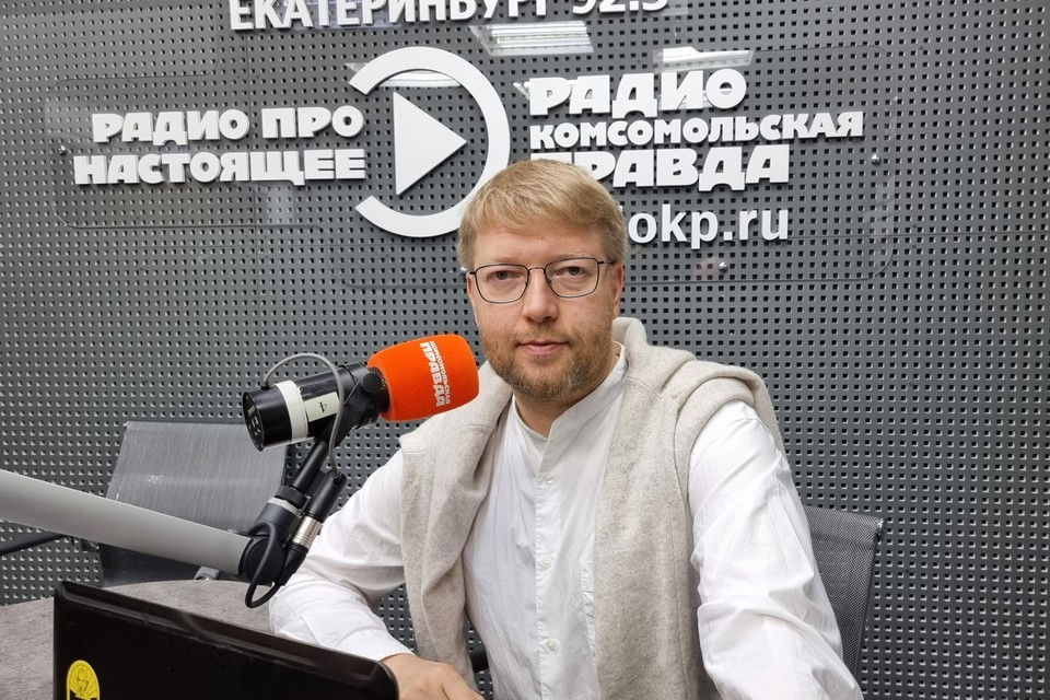 """Председатель партии """"Яблоко"""" Николай Рыбаков"""