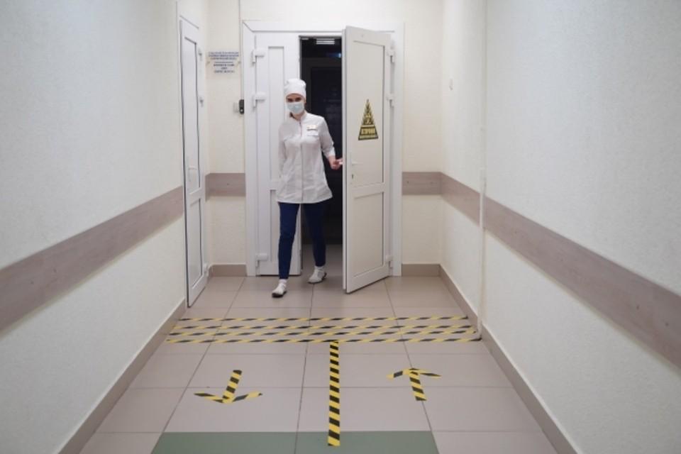 Больница не справляется с пколичеством звонков. Фото: Архив «КП»