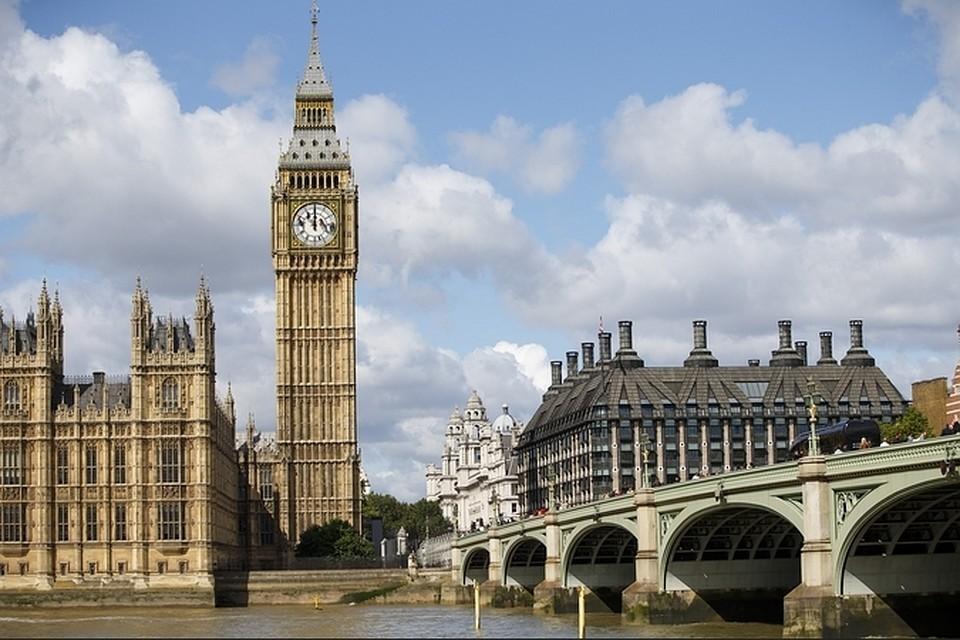 В Англии за полгода 51 тысяча людей умерли от коронавируса