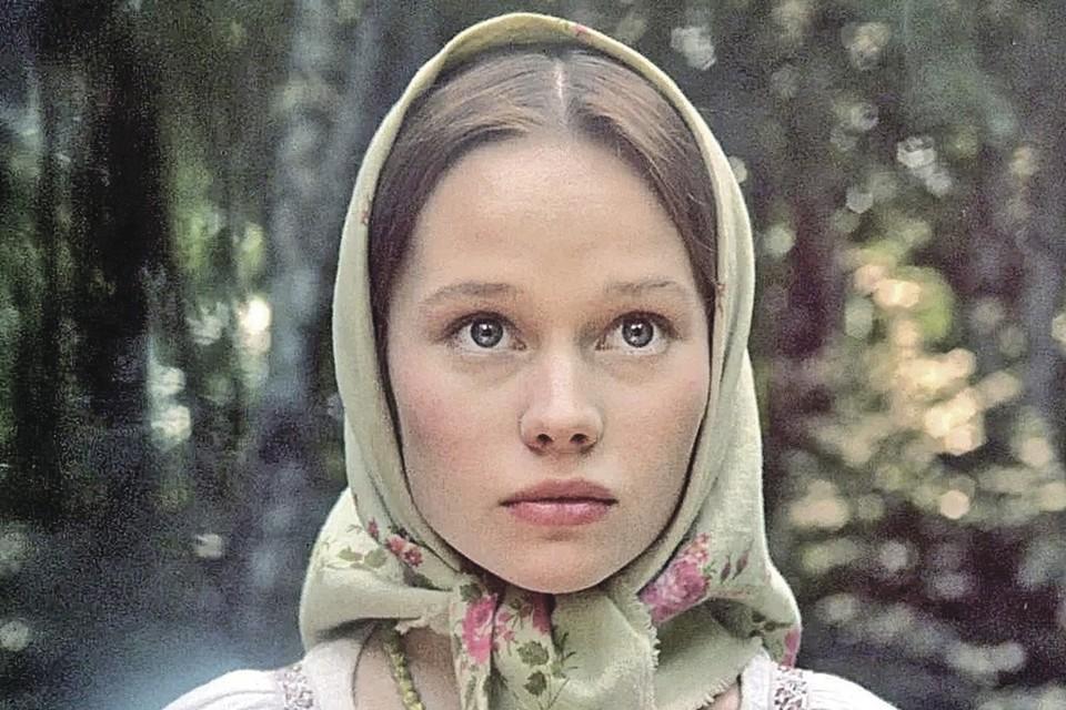 За роль в «Барышне-крестьянке» юная Лена Корикова получила премию «Ника». Фото: Кадр из фильма «Барышня-крестьянка», 1995 г.