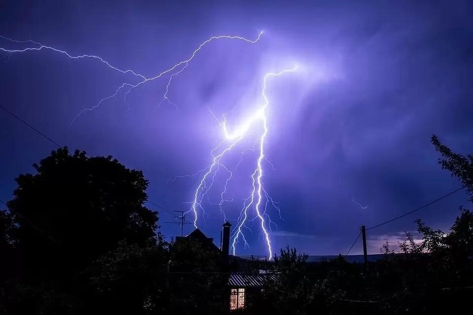 Непогода сохранится ночью и утром.