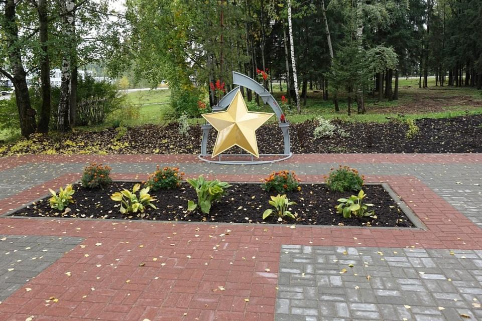В ближайшее время в мемориальной зоне планируют установить освещение. Фото: admkirov.ru