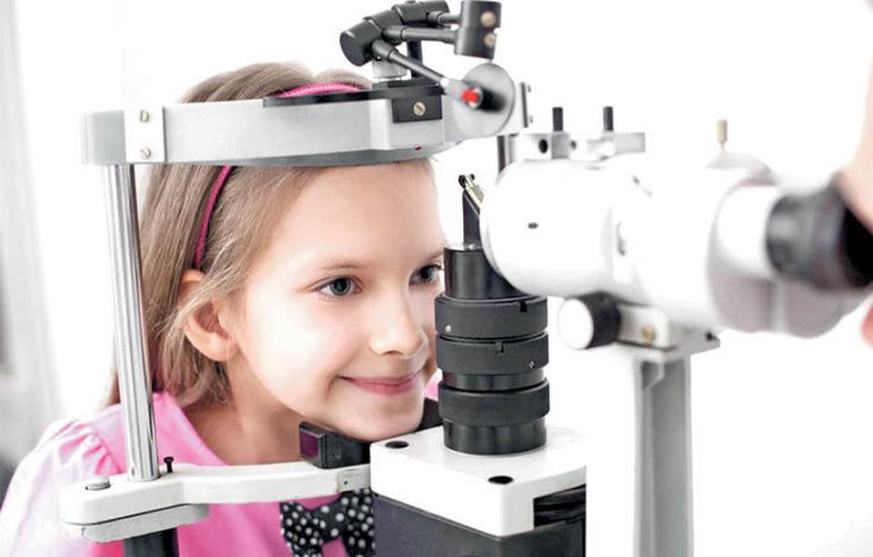 Офтальмологи, которых советуют: когда ребенку пора к врачу