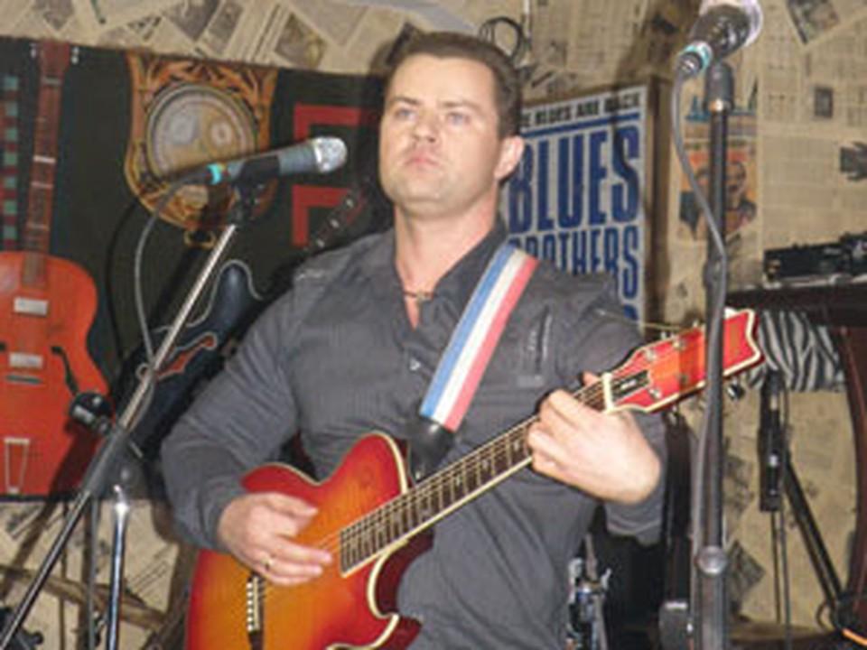 Организатором концертов является известный барнаульский спортсмен и музыкант Александр Старыгин.