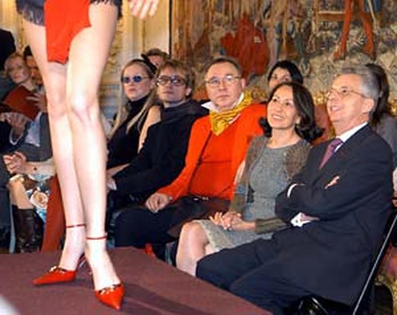 VIP-персоны (слева направо) Татьяна Михалкова, редактор журнала «Индустрия  моды» 5038f64afd7