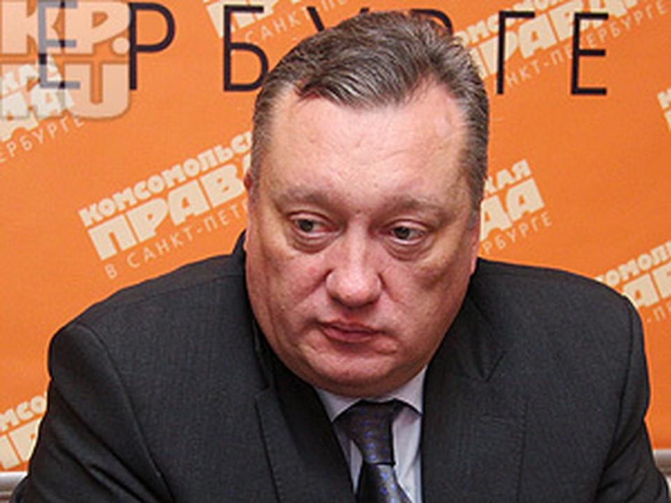 Вадим Тюльпанов заверил, что стадион на Крестовском откроют в 2012 году.