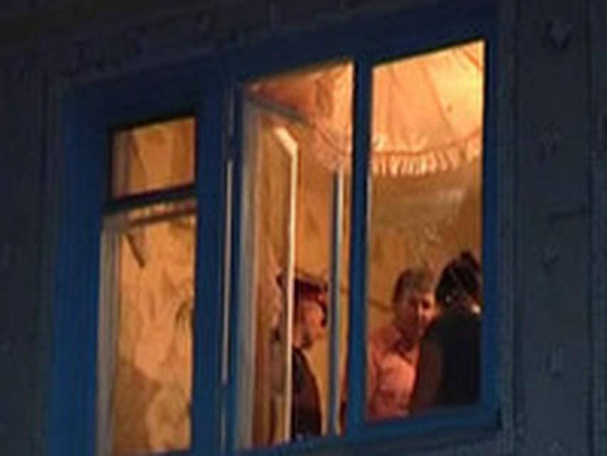 Очевидец снял в окне белого дома сексуальную сцену
