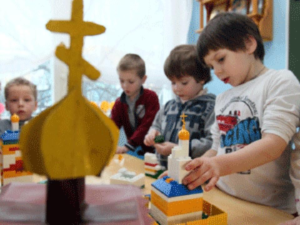 В детсадах Московской области будут учить православию