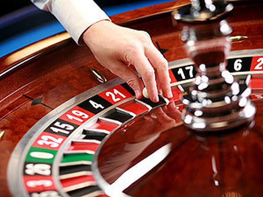 мы играем на рулетке в казино