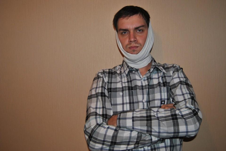 Денису Кулаге неизвестные сломали челюсть