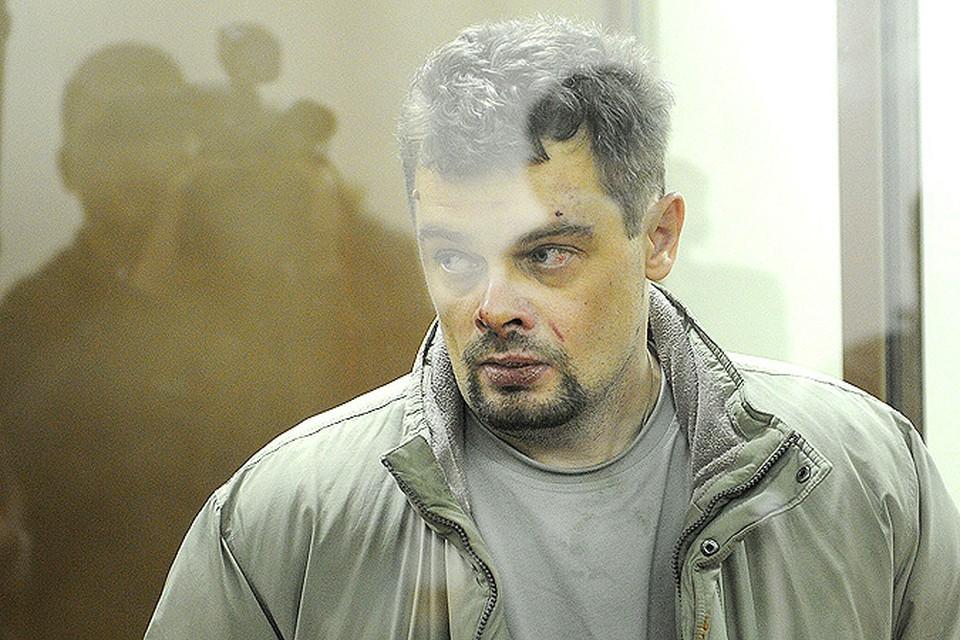 Игорь Телевинов перерезал горло собственной матери и детям...