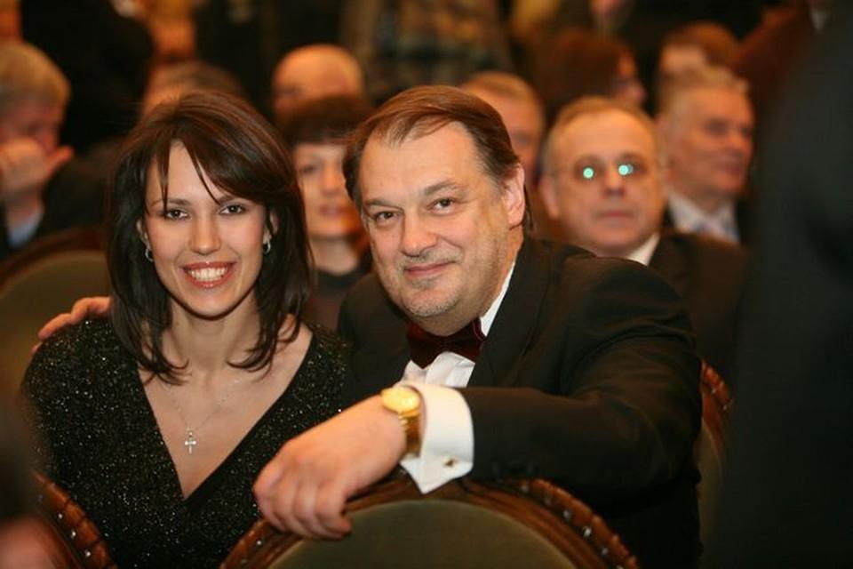 23 года разницы в возрасте с женой Владимир считает идеальной.