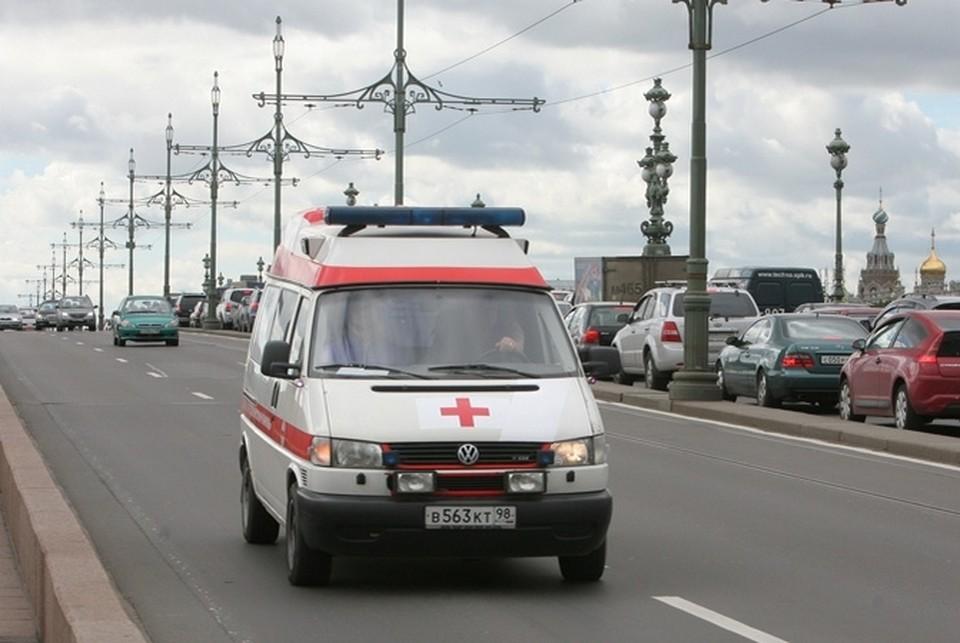 Медики госпитализировали двух женщин в тяжелом состоянии.