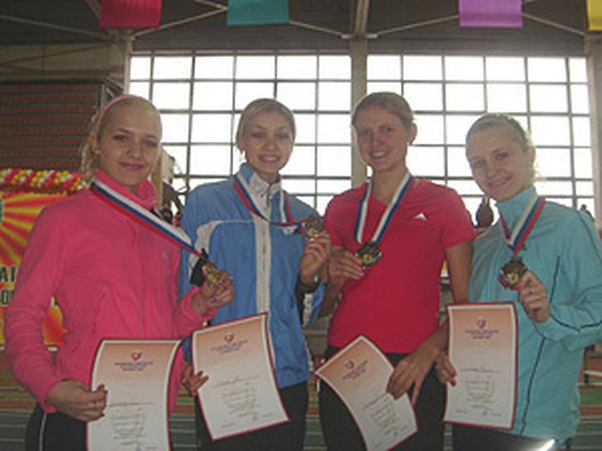 voronezhskie-studentki-foto-sidya-na-unitaze-golaya
