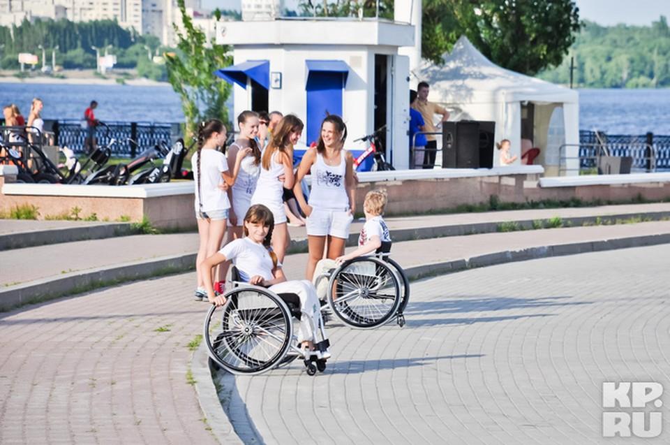 Неделю назад ребята участвовали в акции «Танцы на колесах».